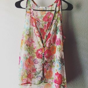 Forever 21 Sleeveless floral blouse size Large